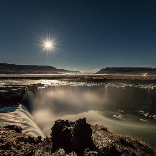 NIGHTSHOT GODAFOSS - ICELAND